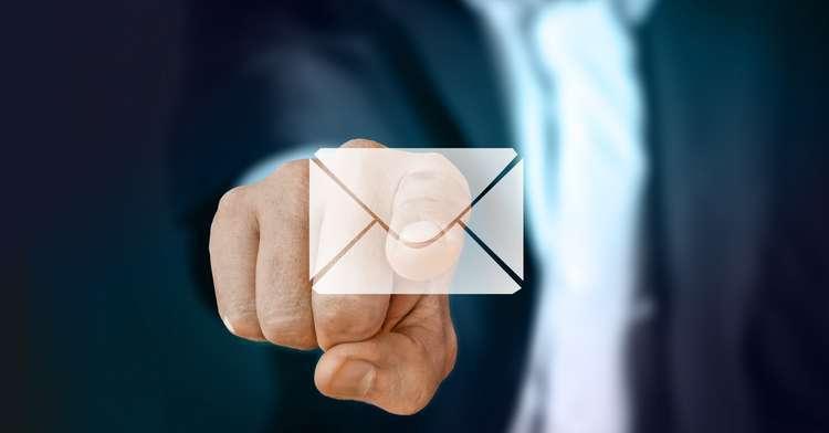 Mit den 4 wichtigsten Tricks die E-Mail-Flut beherrschen – Zeit-Spar-Tipp Nr. 14
